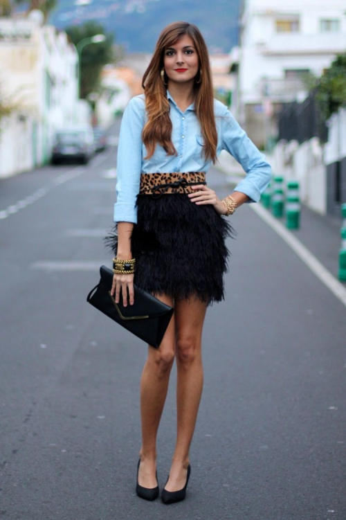 С чем носит юбку с перьями