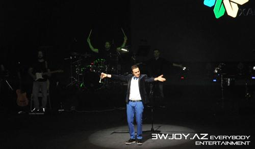 Mustafa Ceceli Bakıda konsert verdi