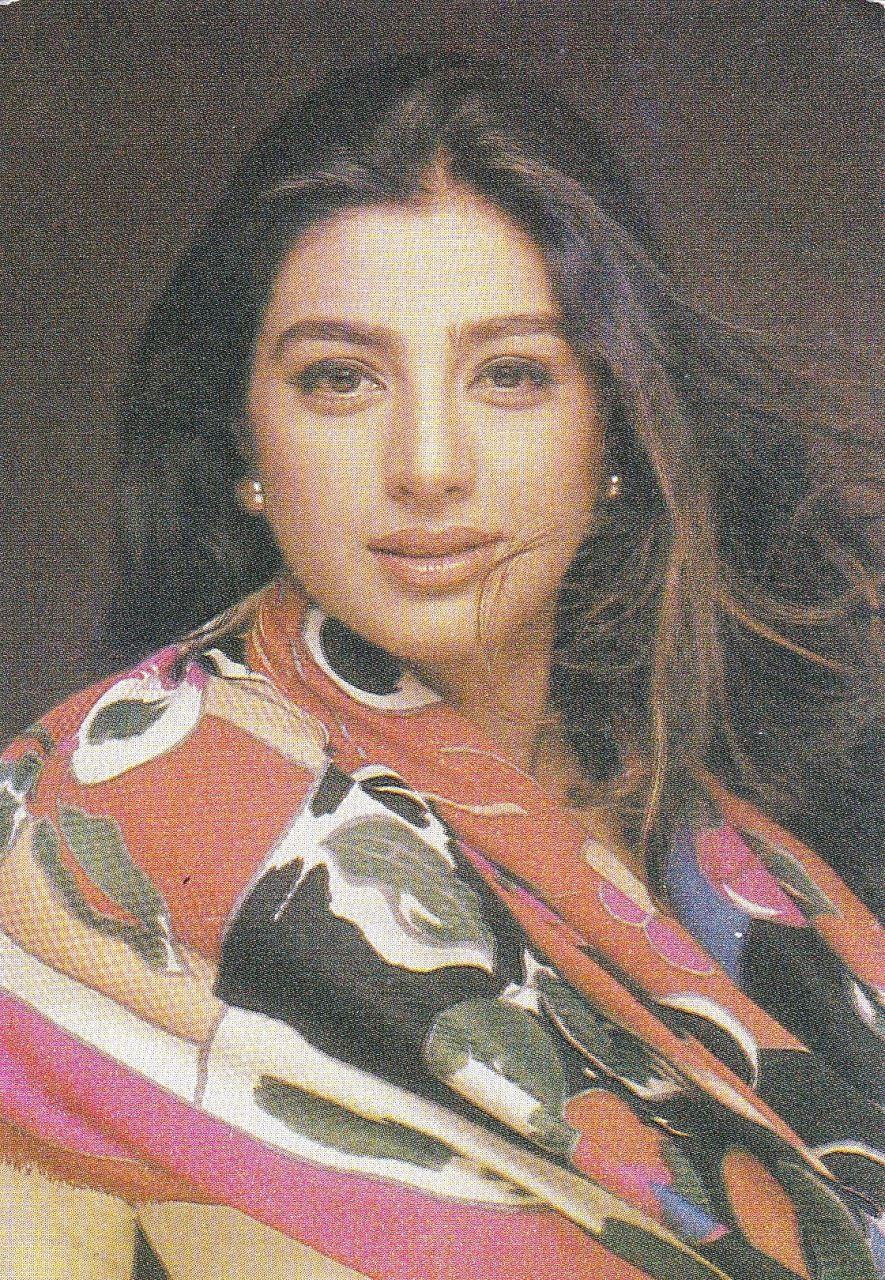 фото индийская актриса намрата широдкар