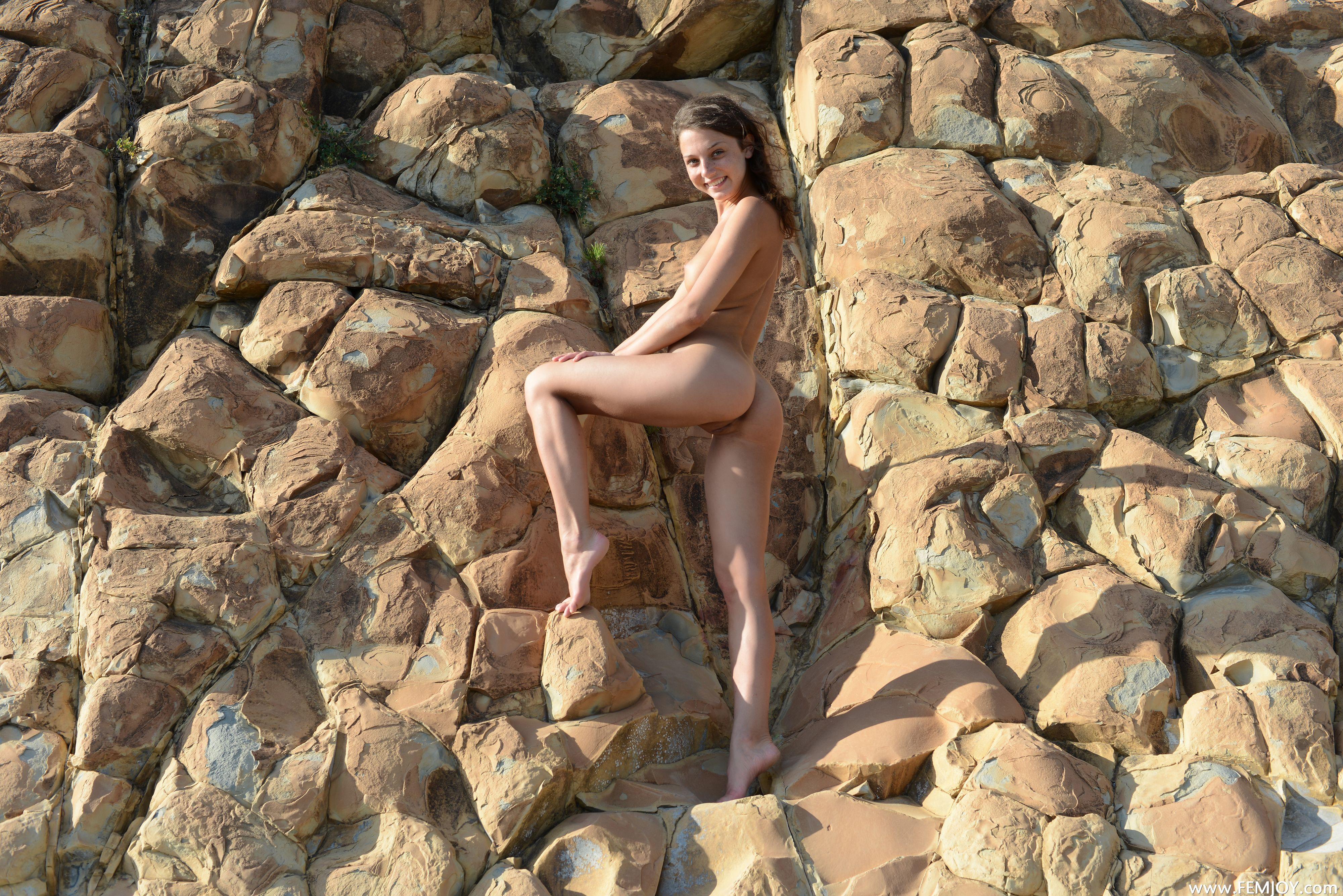 http://i6.imageban.ru/out/2013/10/27/4bdb7e2b6973f3efac1f650b25957600.jpg
