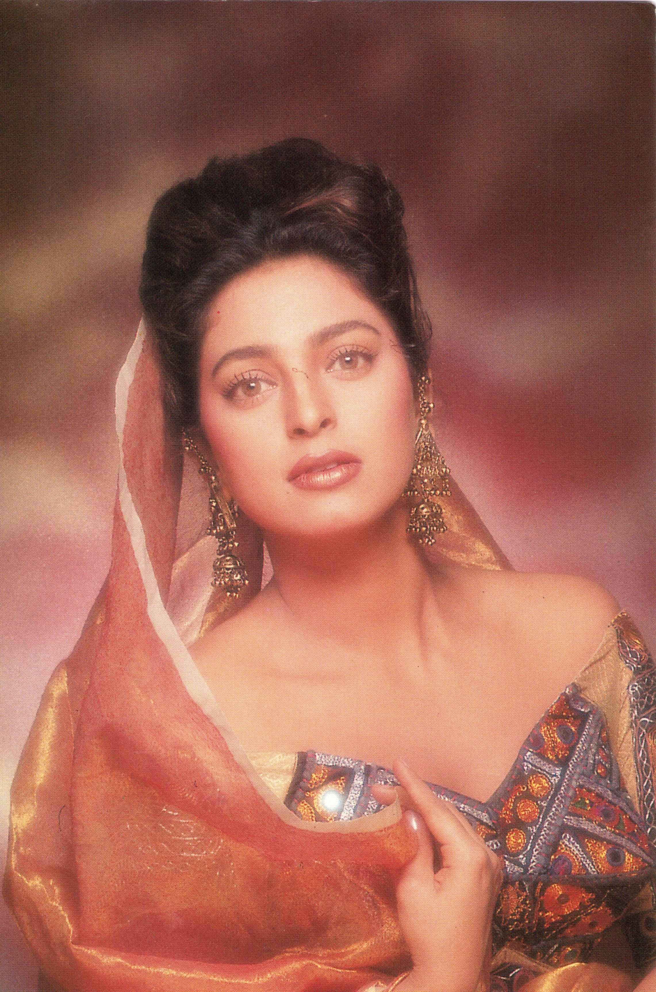PHOTOS : Celeb spotting: Aishwarya Rai Bachchan, Shah Www juhi chawla photos