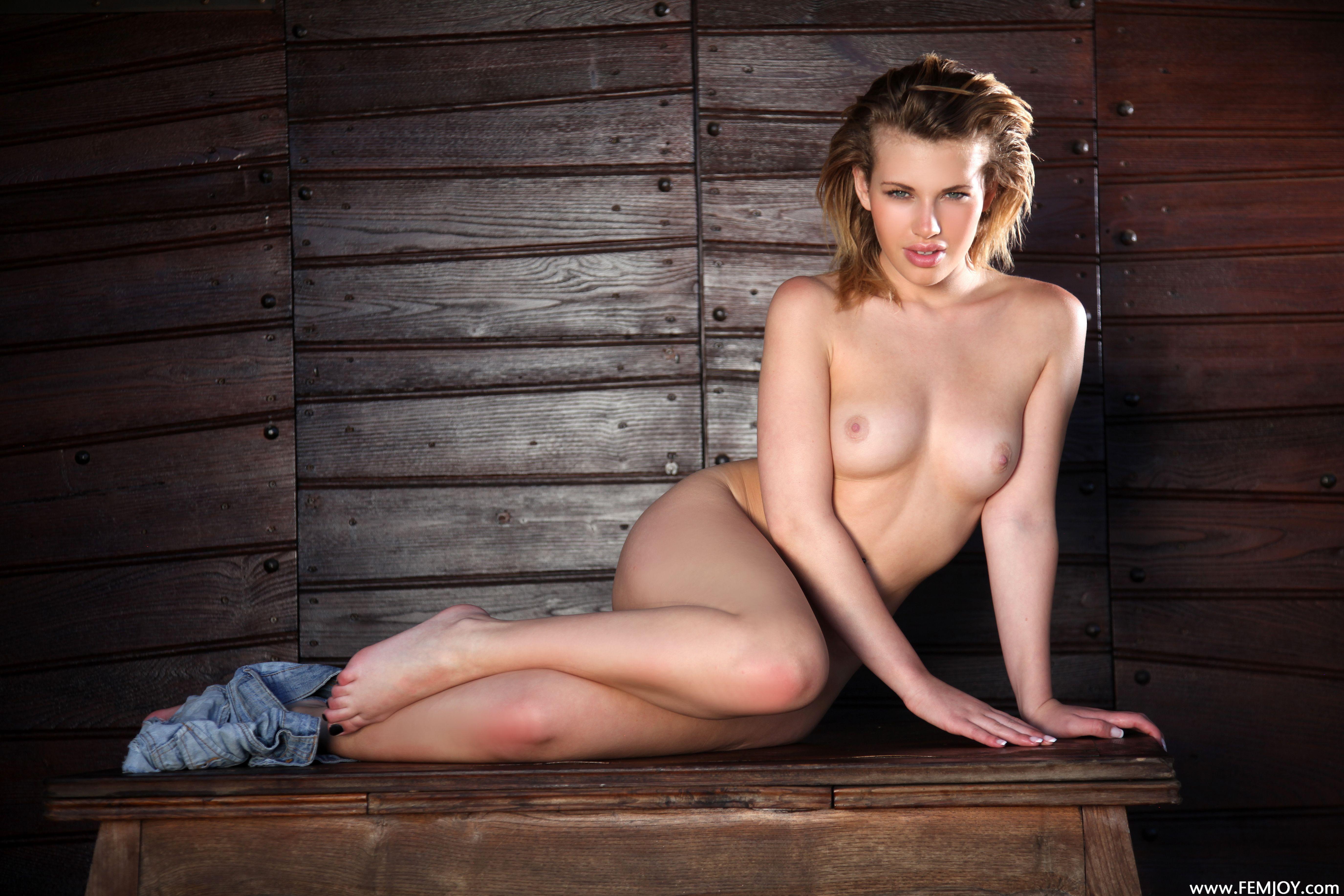 http://i6.imageban.ru/out/2013/11/13/2f0752367254b9dcc4be64c7c7a106e5.jpg