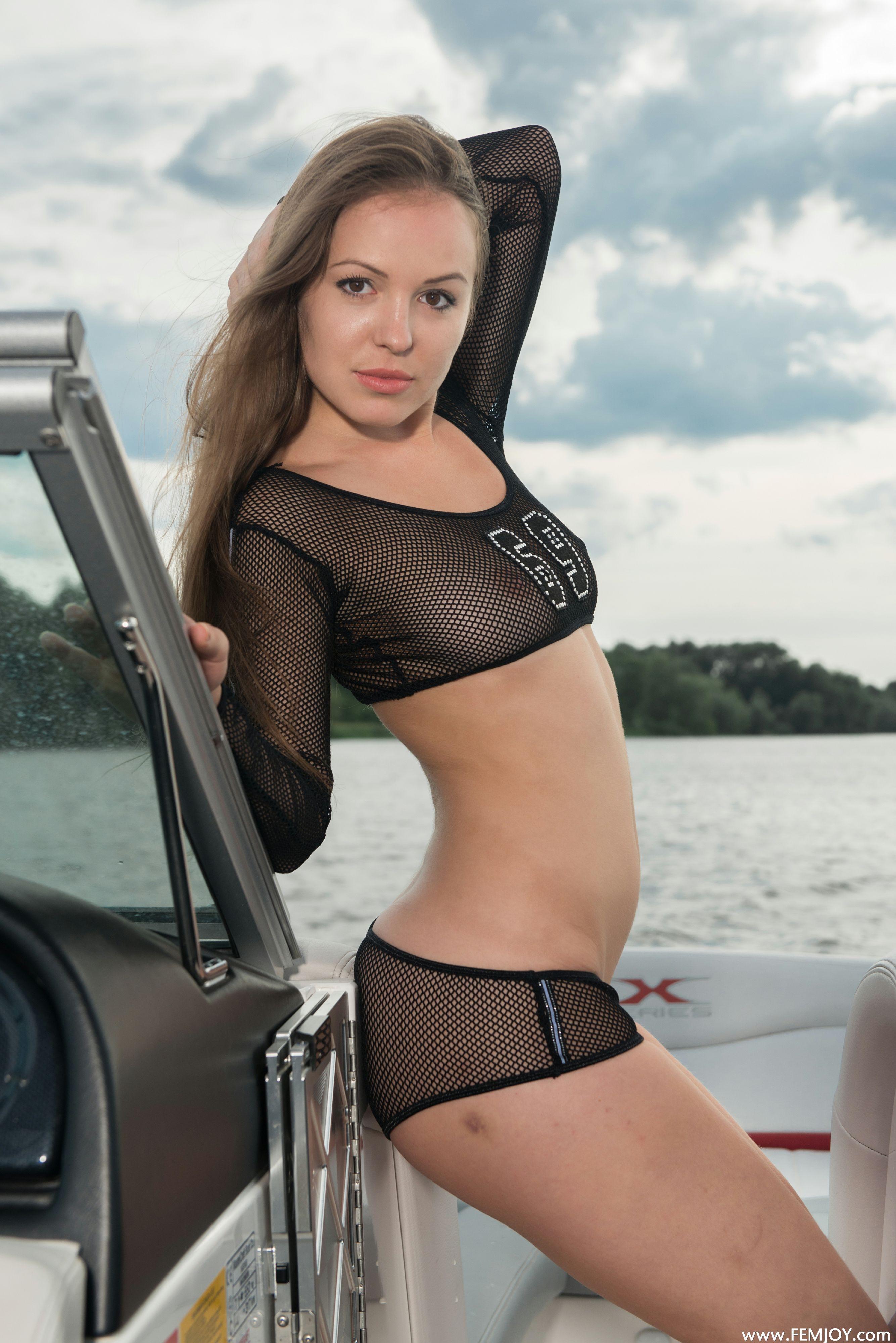 http://i6.imageban.ru/out/2013/11/13/4d44d755e9b891f86f0b7f3b942ca38e.jpg