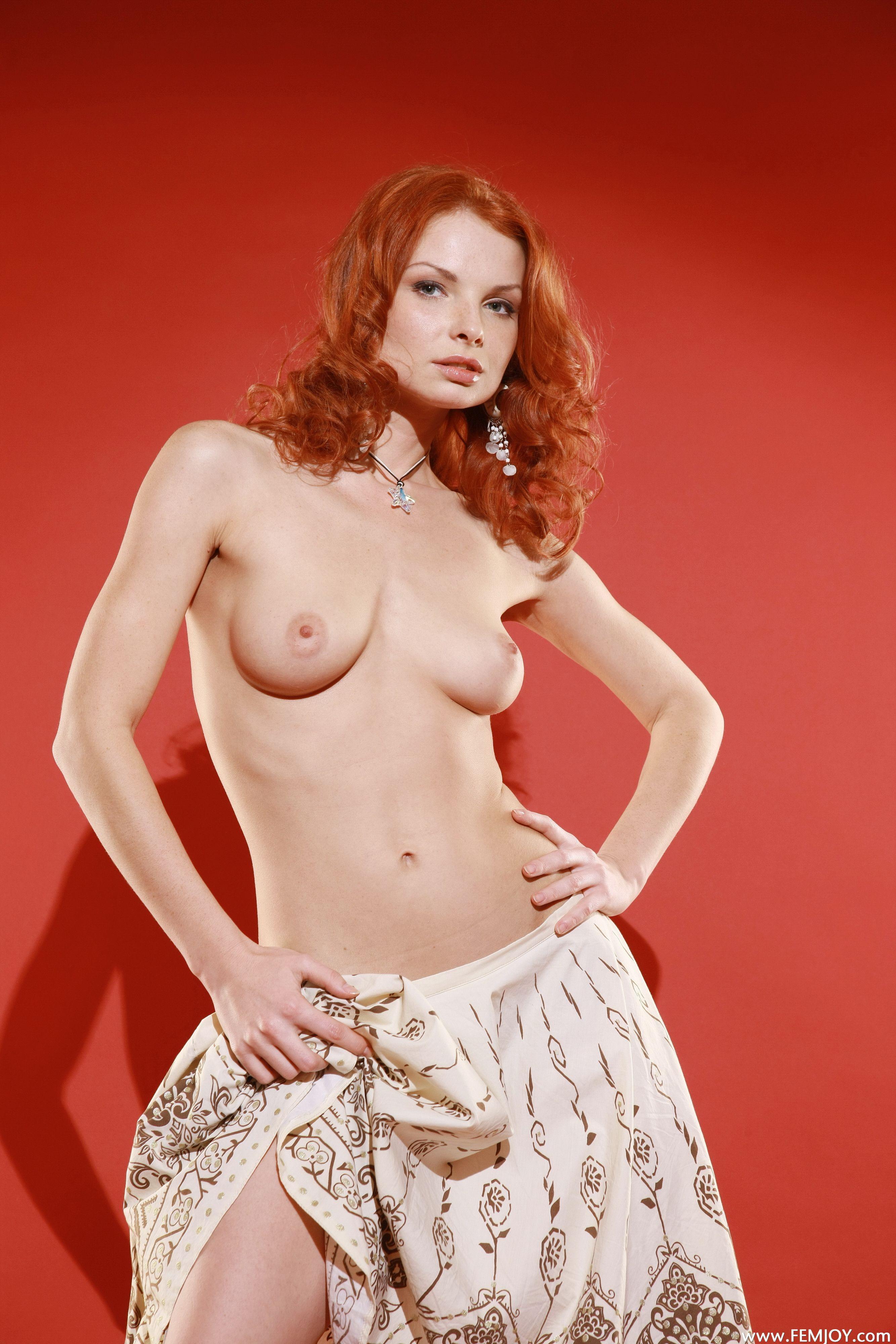 http://i6.imageban.ru/out/2013/11/13/529ab8149afb271401087b5de0854058.jpg