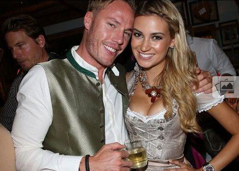 Кристиан Лелль с девушкой