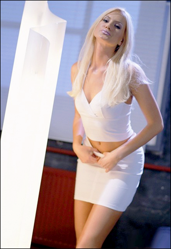 Claudia Ricci - Секс онлайн / Sesso On Line (2000) DVDRip