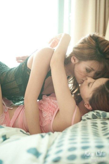 Сладкий поцелуй 1