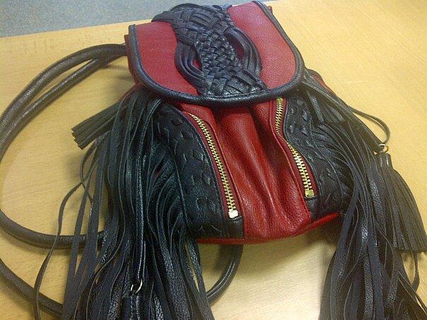 Рюкзак в виде головы хищника 1