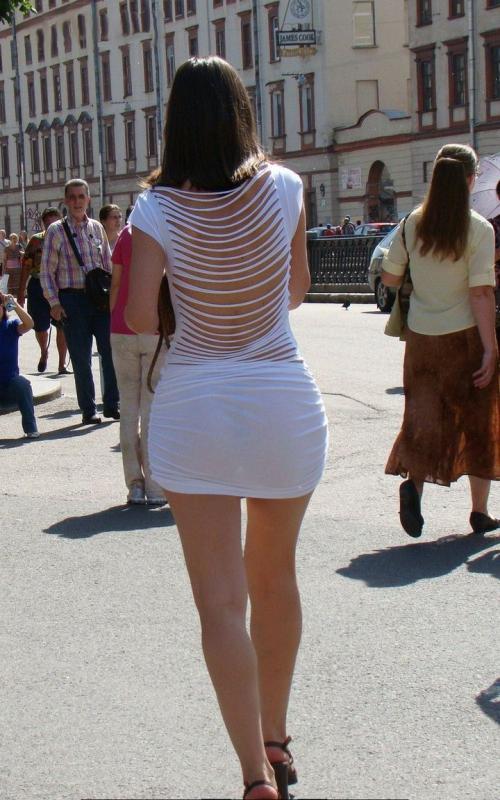 Впрозрачной одежде на дискотеке фото 393-966