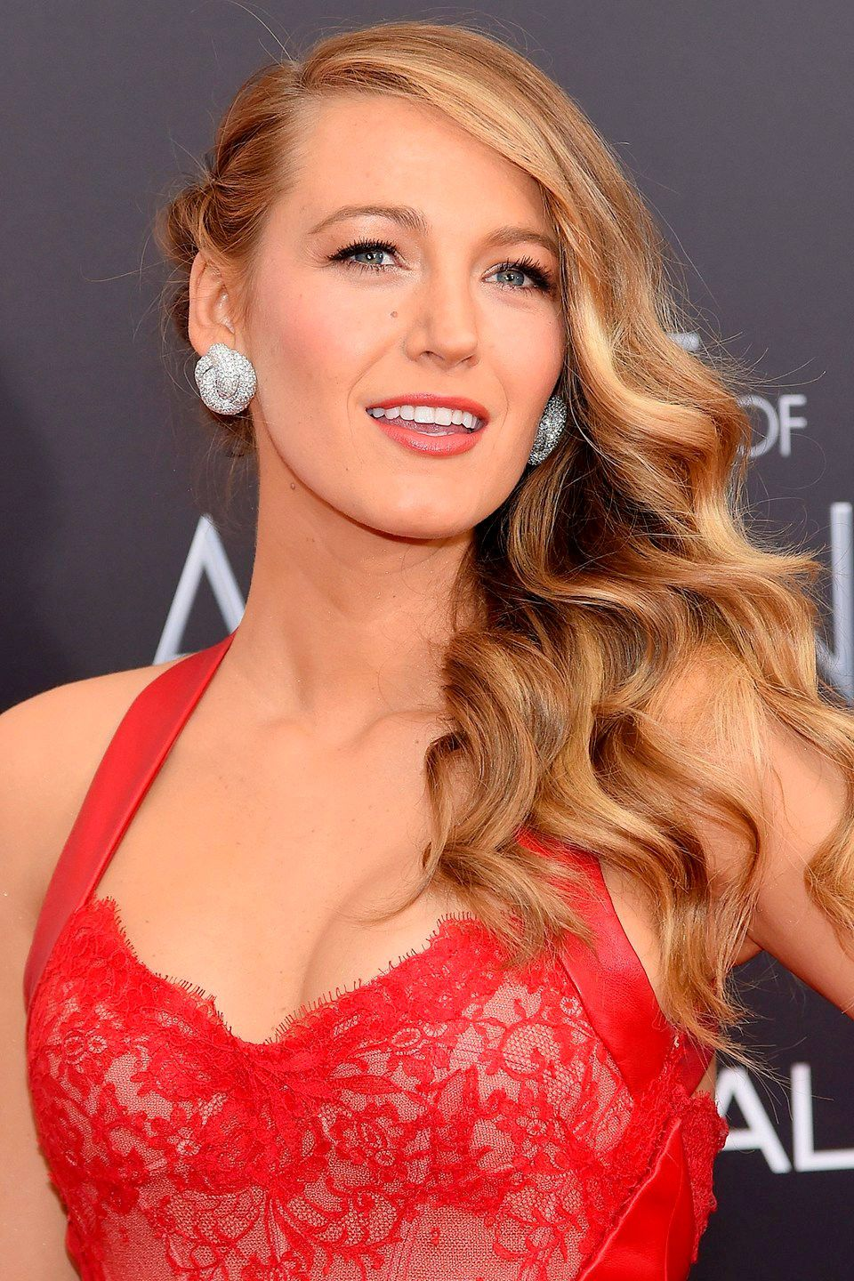 Blake lively blonde hair