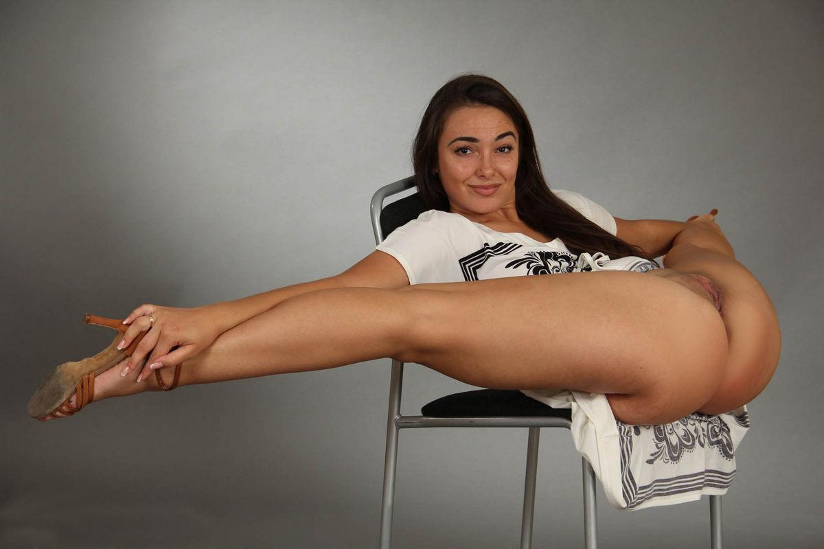 фото гимнасток без трусиков - 1