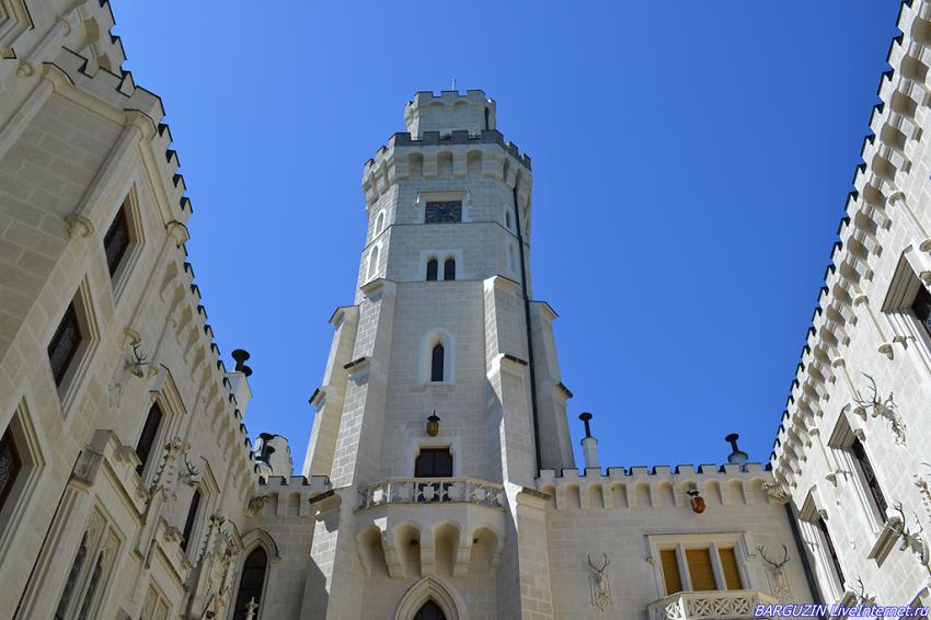 Романтический замок Глубока-над-Влтавою
