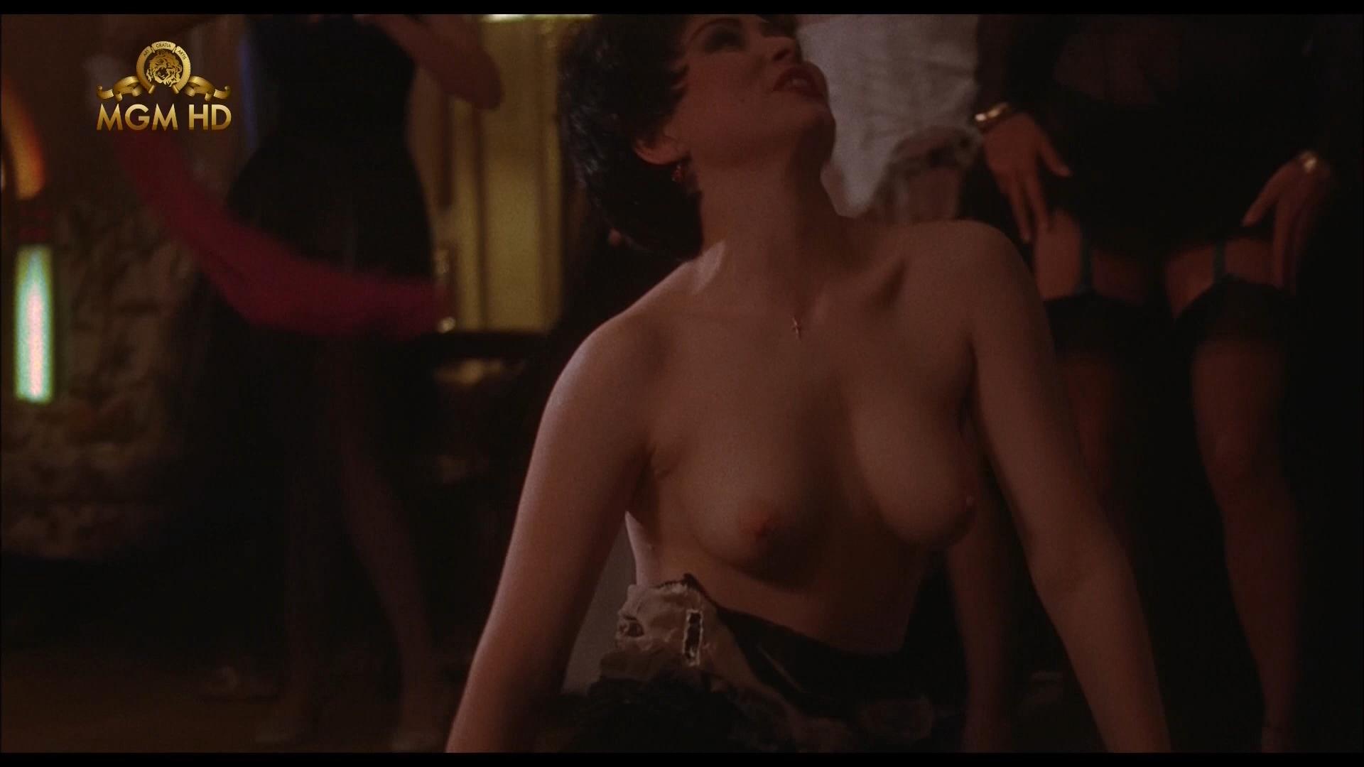 porno-film-molodaya-zhena-smotret