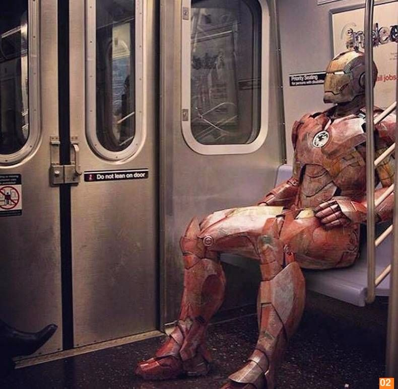 Железный человек в метро