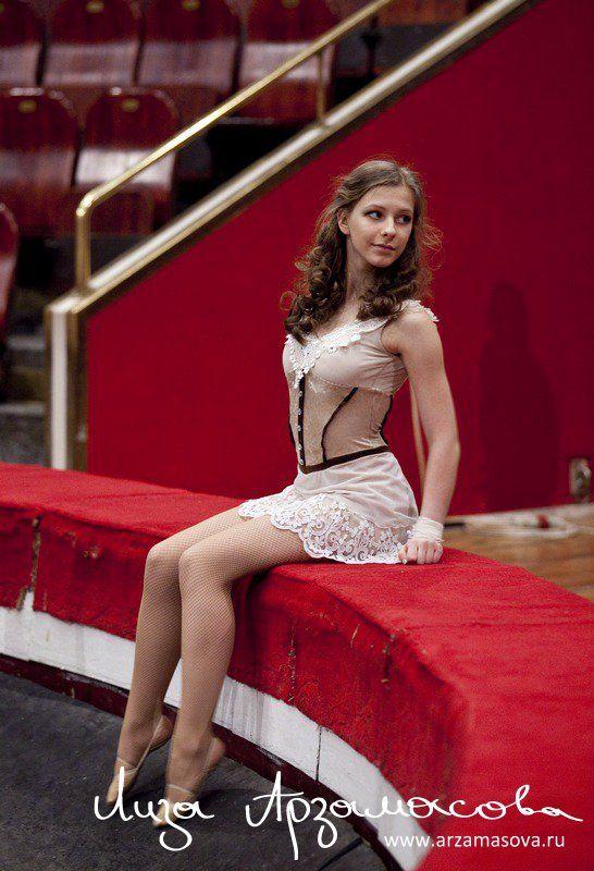 Арзамасова елизавета голая фото супер