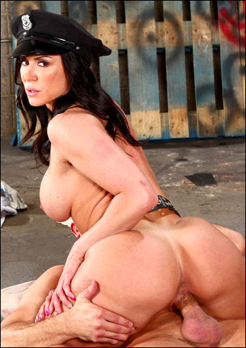 Kendra Lust - Good Cock, Bad Cop (2013) SiteRip |