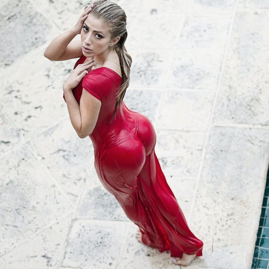 Мокрое платье
