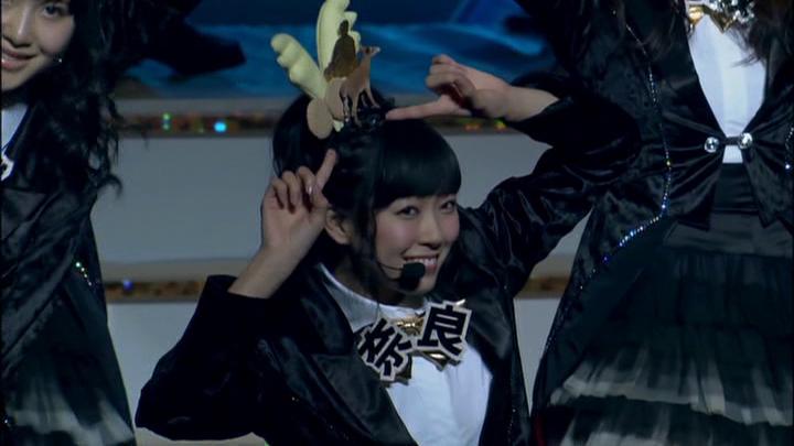 20161116.02.05 AKB48 - 47 no Sutekina Machi e (Dai 4 Kai AKB48 Kohaku Taiko Utagassen) (JPOP.ru).vob 1.jpg