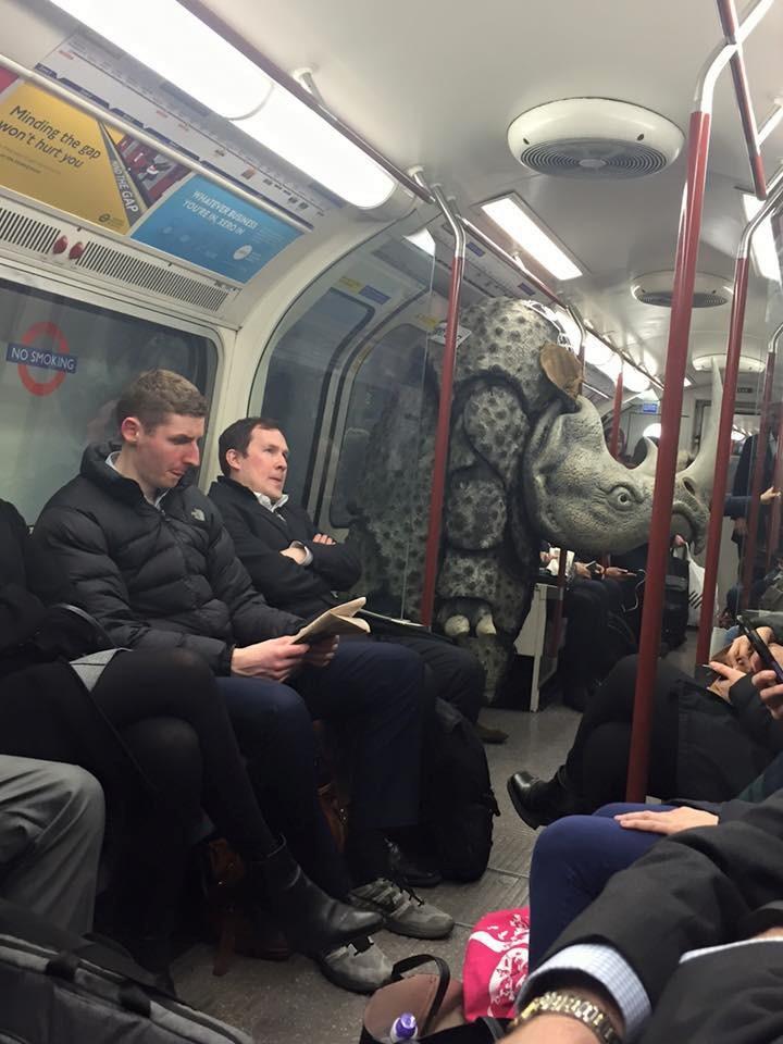 Косплеер в метро