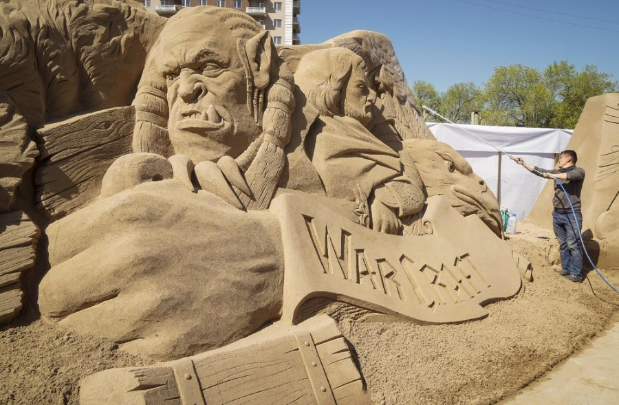 Скульптура из песка: Warcraft