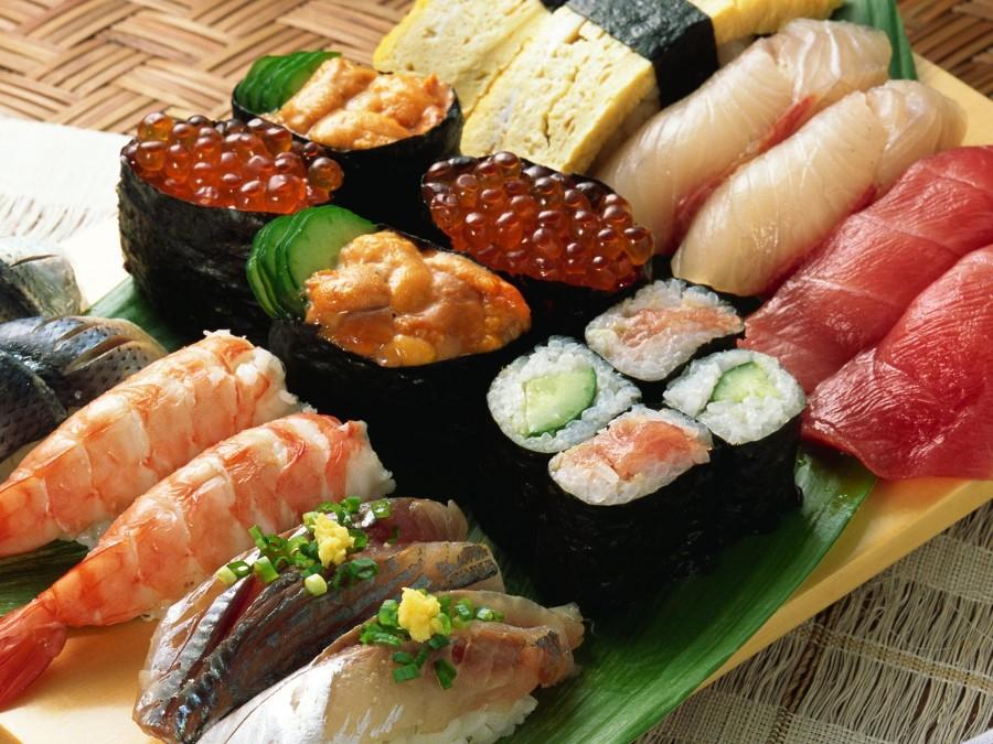 Набор суши и роллов
