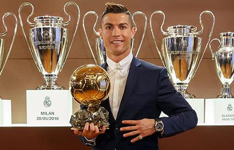 Роналду стал обладателем Золотого мяча