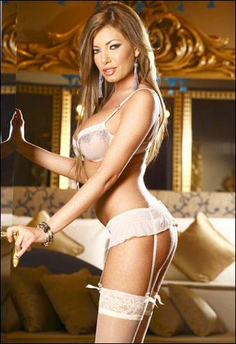 Donna Bell - Pornochic 19: Jade (2010) DVDRip