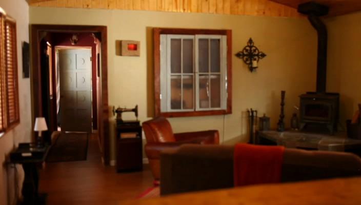 The.Men.Next.Door.2012.web-dlrip_[1.46]_[teko][(072706)19-57-57].PNG