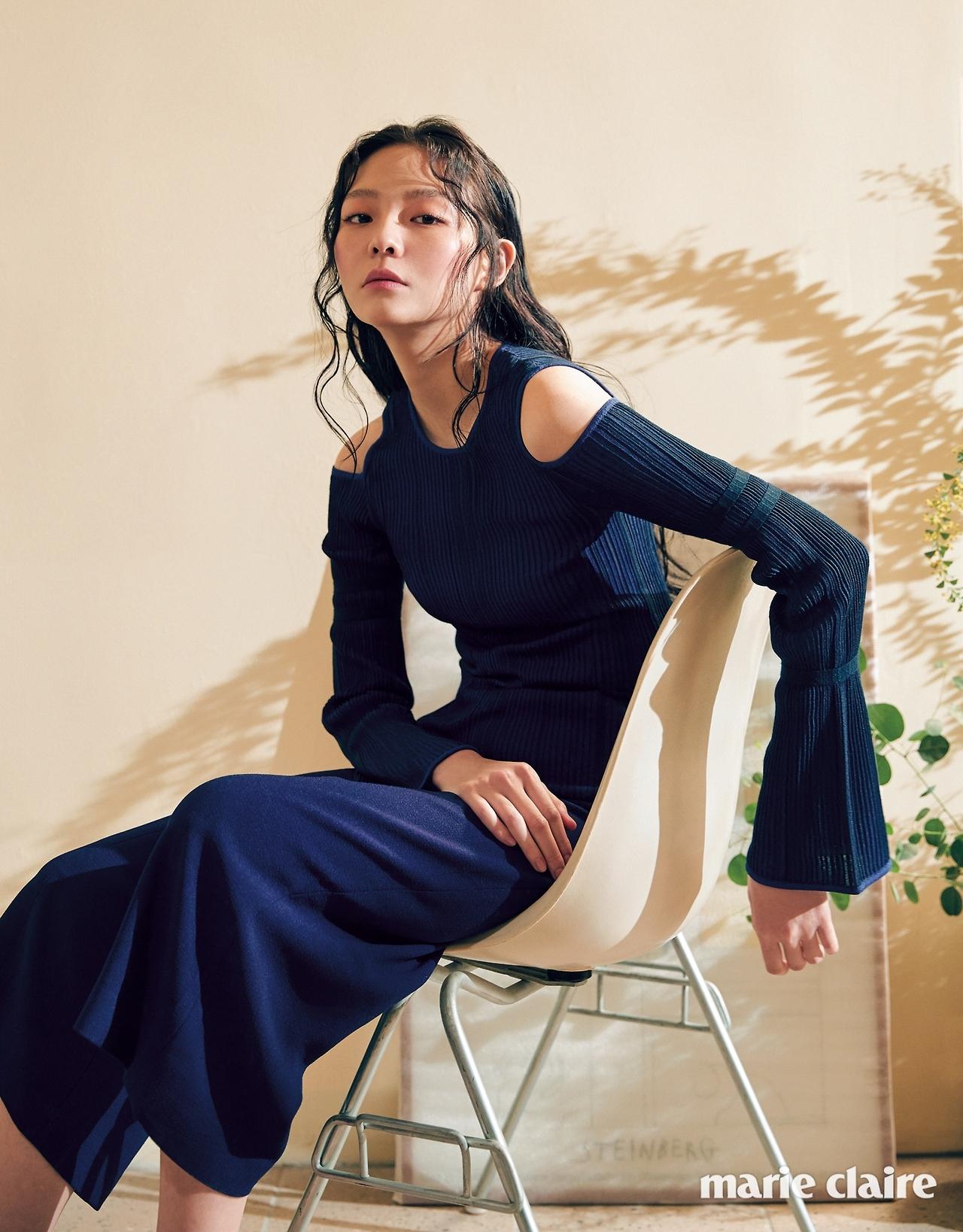 + Lee Som - Marie Claire (2017.04.02) 052 (JPOP.ru).jpg