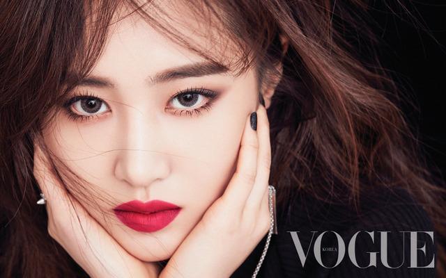 - Yuri (Girls' Generation SNSD) - Vogue (2017.04.02) 137 (JPOP.ru).jpg