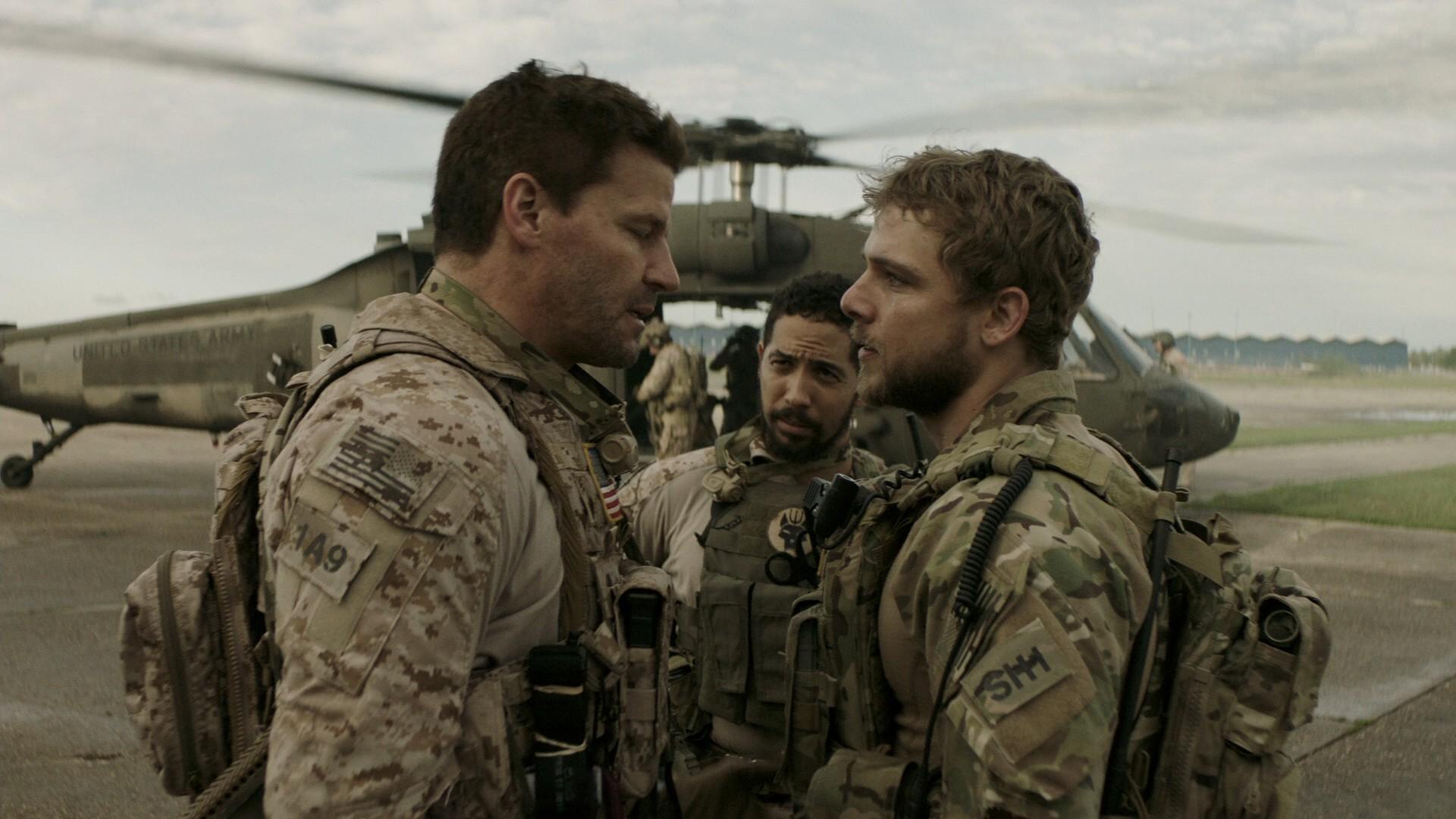 Спецназ / SEAL Team [01x01-02 из 21] (2017) WEBRip 1080p | Alternative Production