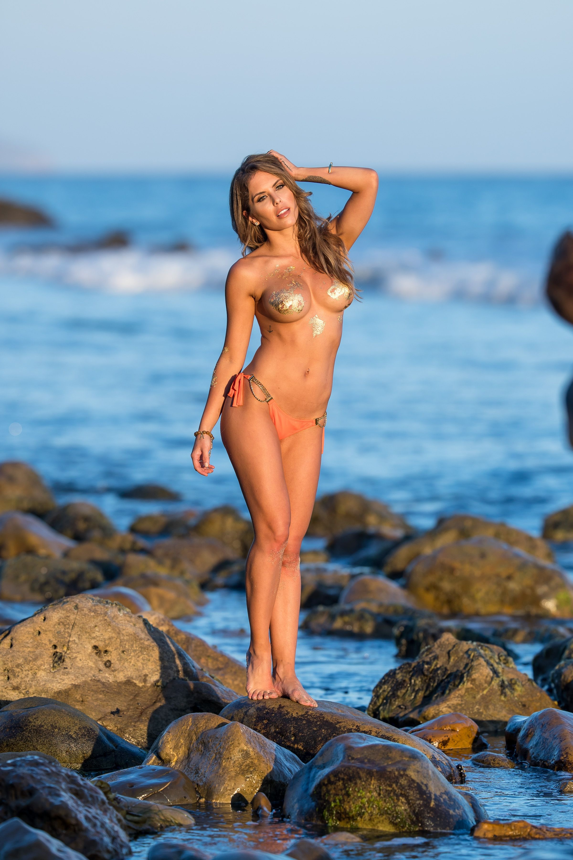 Brittney-Palmer-Sexy-Topless-36-thefappeningblog.com_.jpg