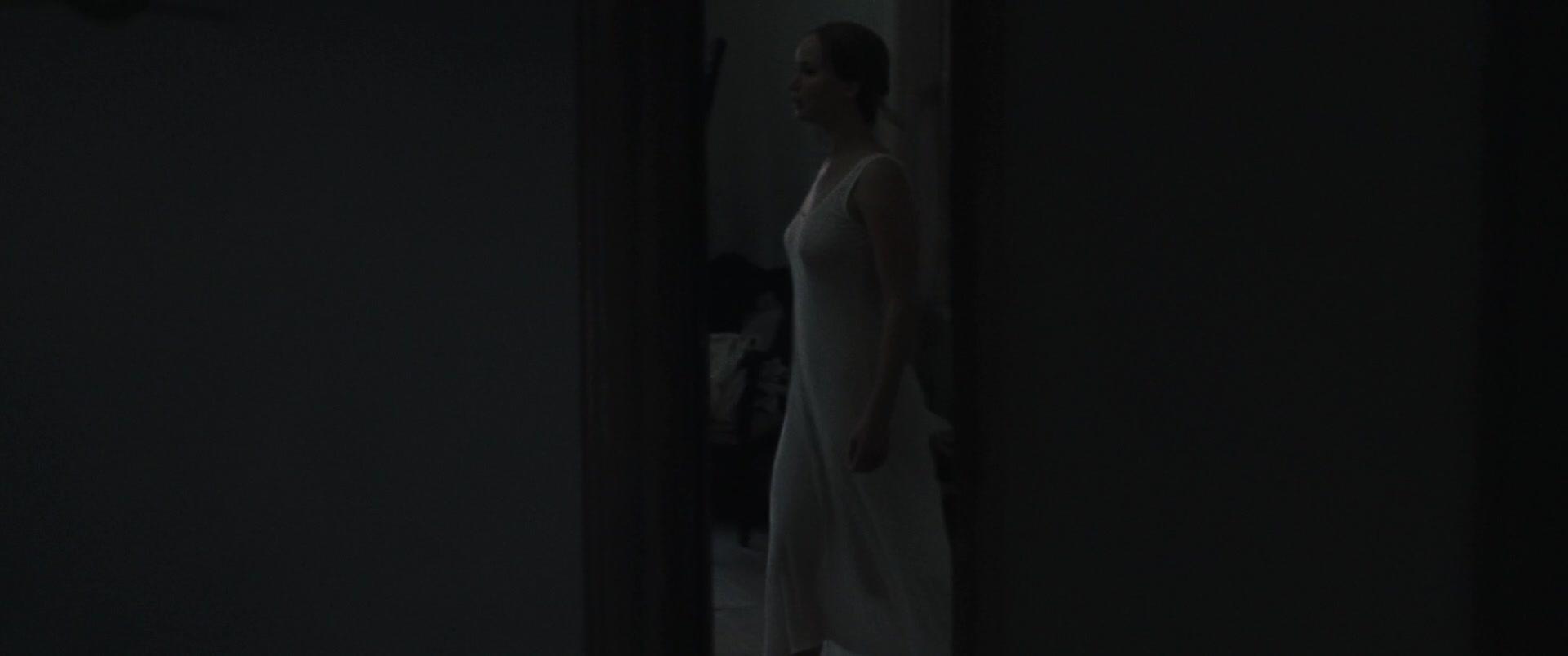 Jennifer-Lawrence-Michelle-Pfeiffer-Mother-8-thefappeningblog.com_.jpg