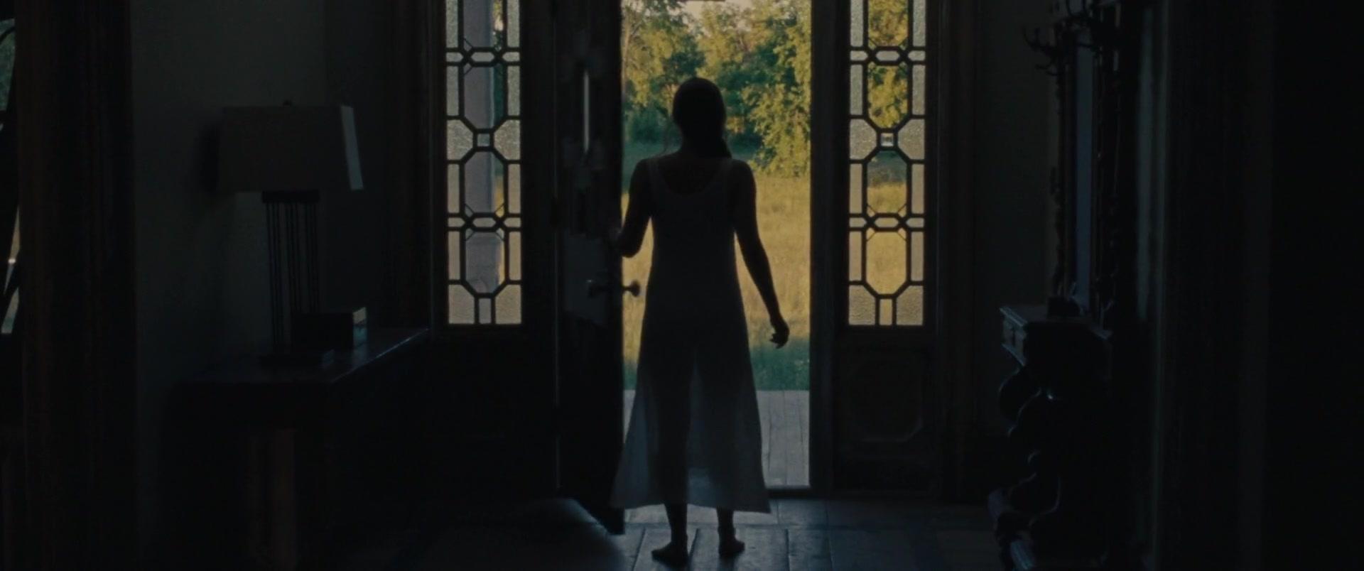 Jennifer-Lawrence-Michelle-Pfeiffer-Mother-9-thefappeningblog.com_.jpg