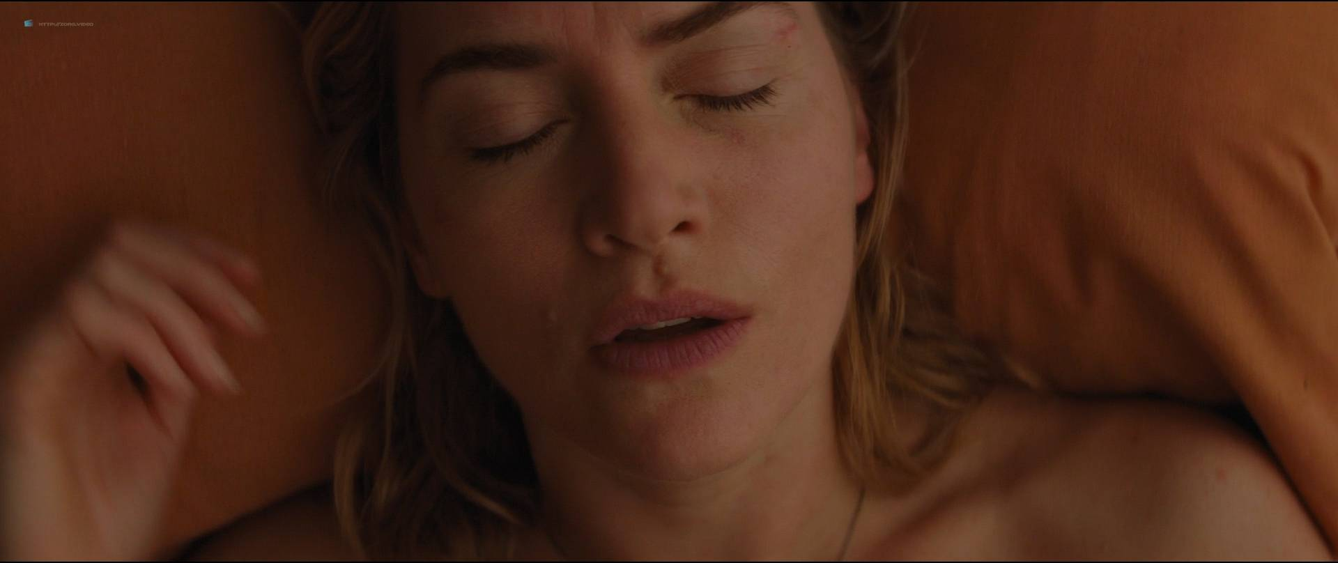 Kate-Winslet-hot-and-some-sex-The-Mountain-Between-Us-2017-HD-1080p-BluRay-07.jpg