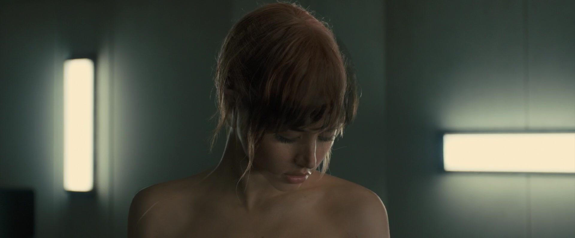Ana-de-Armas-Sallie-Harmsen-Mackenzie-Davis-etc-Nude-49-thefappeningblog.com_.jpg