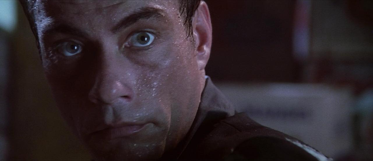 Взрыватель / Knock Off (1998/BDRip) 720p