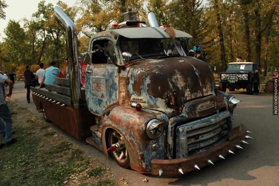 Ржавый грузовик
