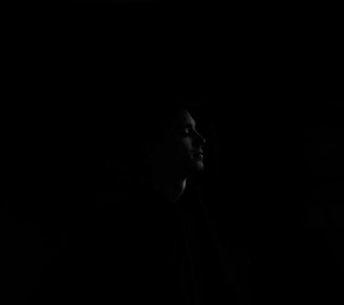 Roman Grau - Silent Pain (2015) [MP3|320 Kbps] <Neoclassical, Orchestral>