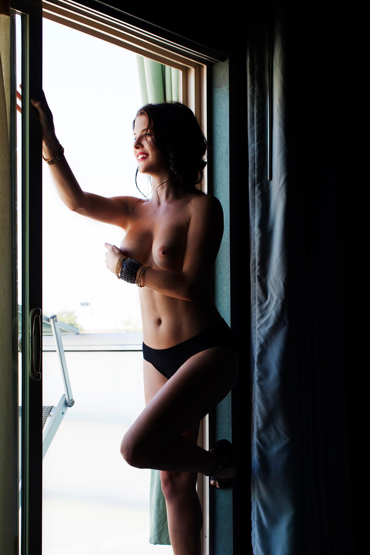 TheFappeningBlog.com-Amanda-Cerny-Nude-13.jpg