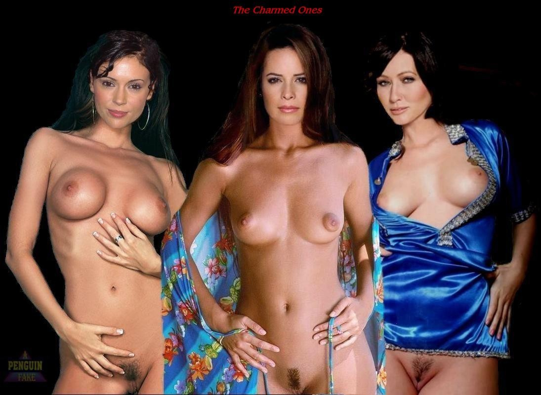 topless-charmed-girls-watch-naked-girls-in-sex