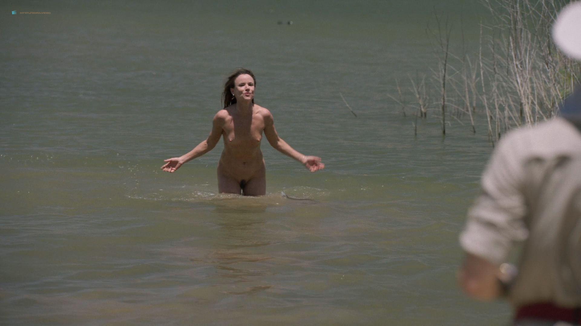 0915151835604_03_Juliette-Lewis-nude-full-frontal-skinny-dipping-Camping-2018-HD-1080p-006.jpg