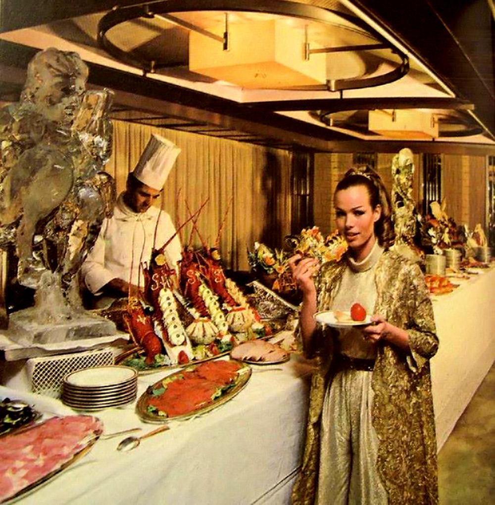 vintage-buffet-3.jpg