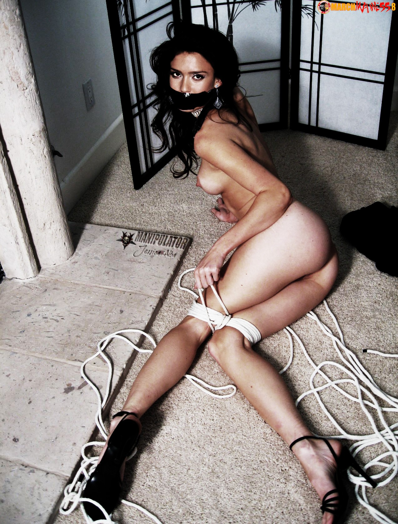 jessica-alba-fakes-bondage-porn-moving
