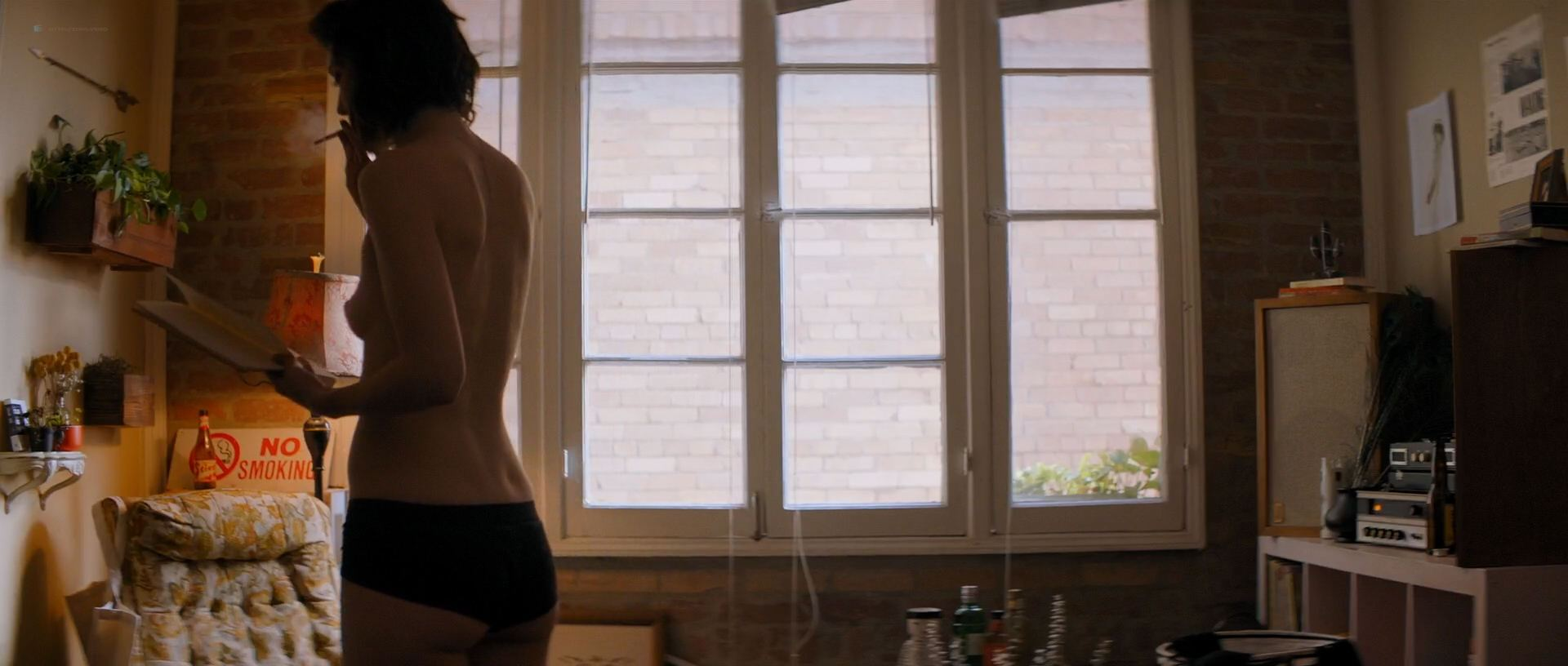 1118161722642_09_Mary-Elizabeth-Winstead-nude-topless-and-hot-All-About-Nina-2018-HD-1080p-006.jpg