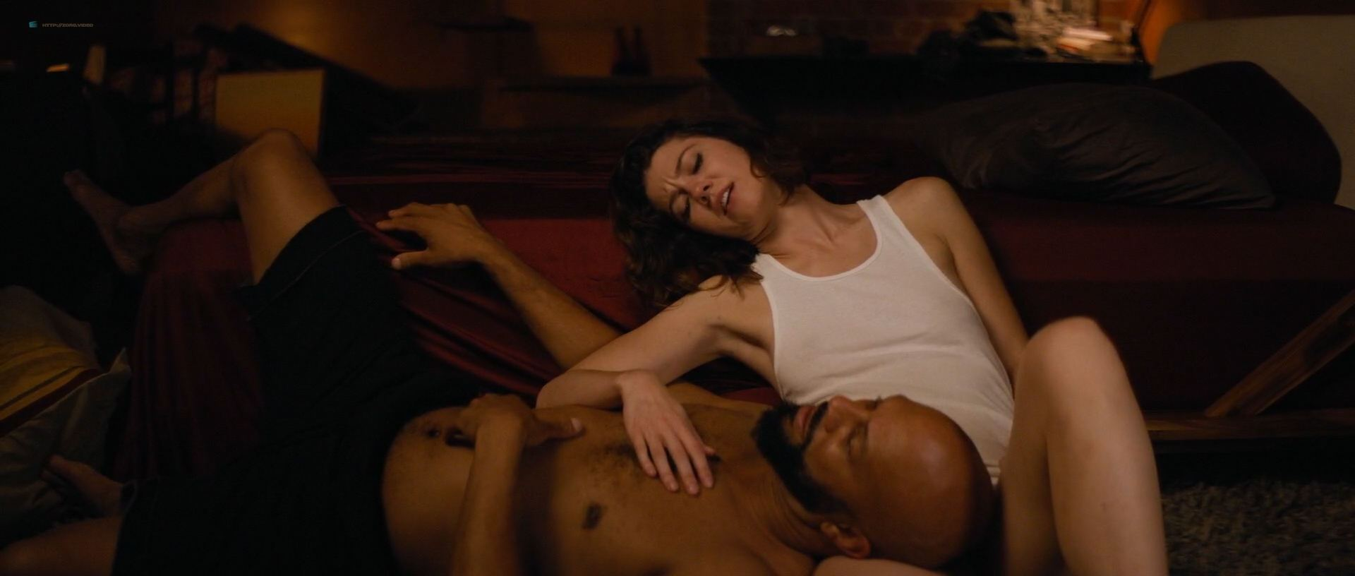 1118161722642_01_Mary-Elizabeth-Winstead-nude-topless-and-hot-All-About-Nina-2018-HD-1080p-014.jpg