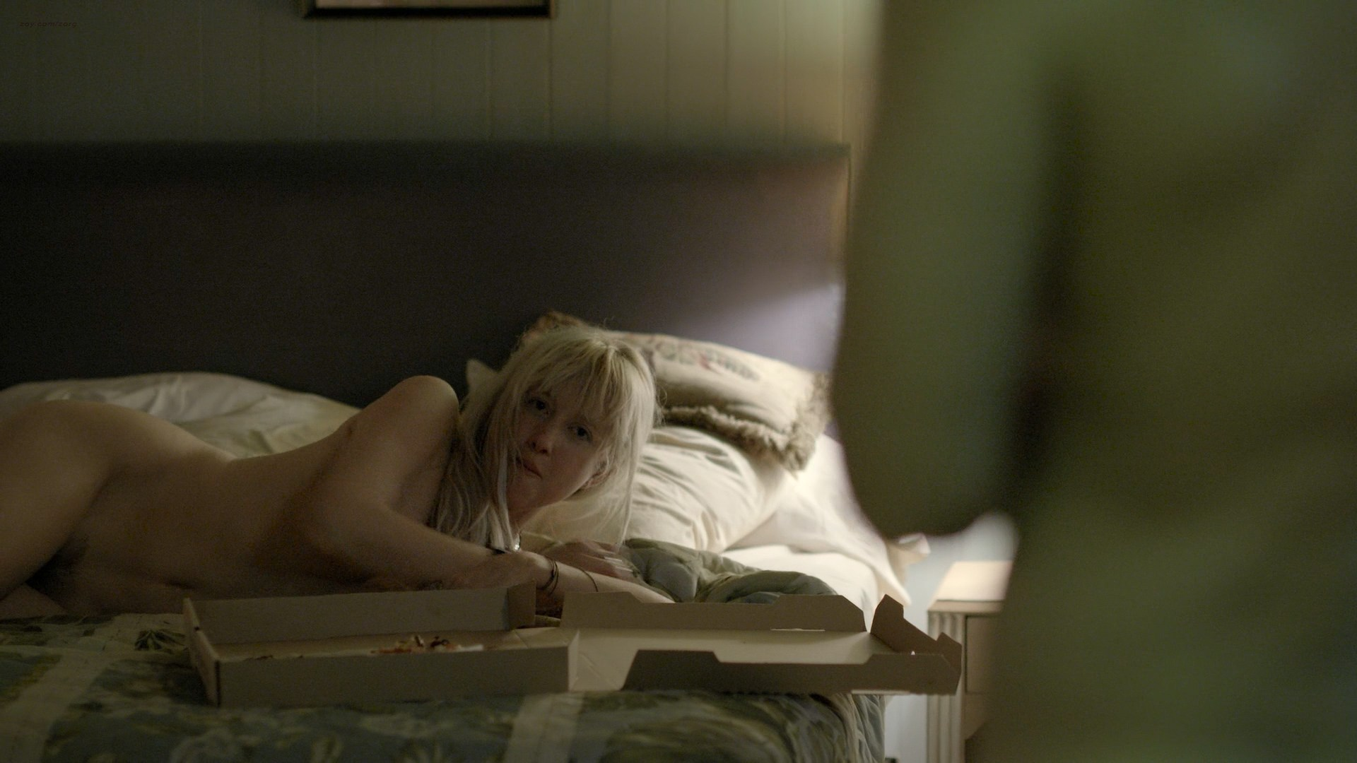 0025163910578_06_Andrea-Riseborough-nude-bush-butt-and-boobs-Bloodline-2016-s2e5-HD-720-1080p-Web3.jpg