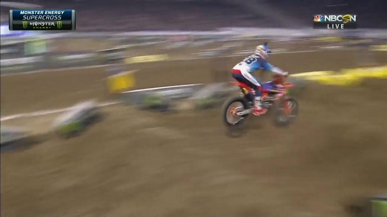 2019.AMA.Supercross.Rd.06.Minneapolis.720p.HDTV.x264-WRCR.mkv_snapshot_00.05.28.179.jpg