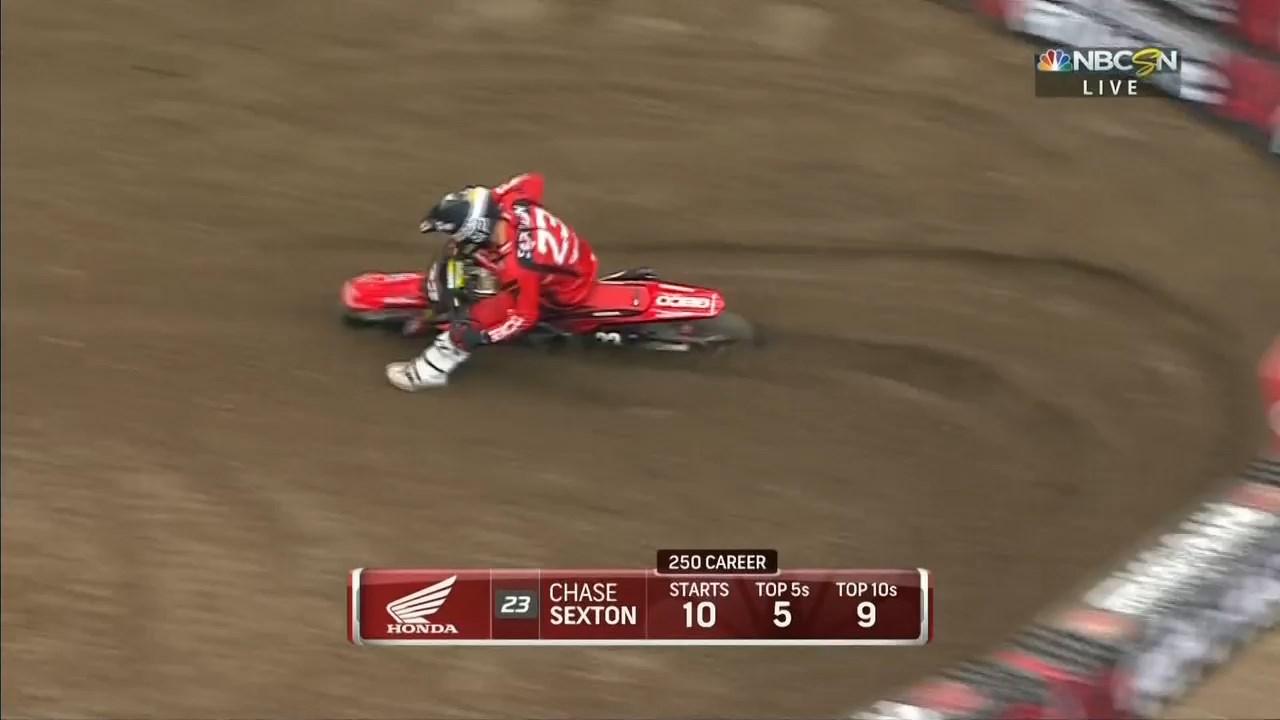 2019.AMA.Supercross.Rd.06.Minneapolis.720p.HDTV.x264-WRCR.mkv_snapshot_00.03.41.454.jpg