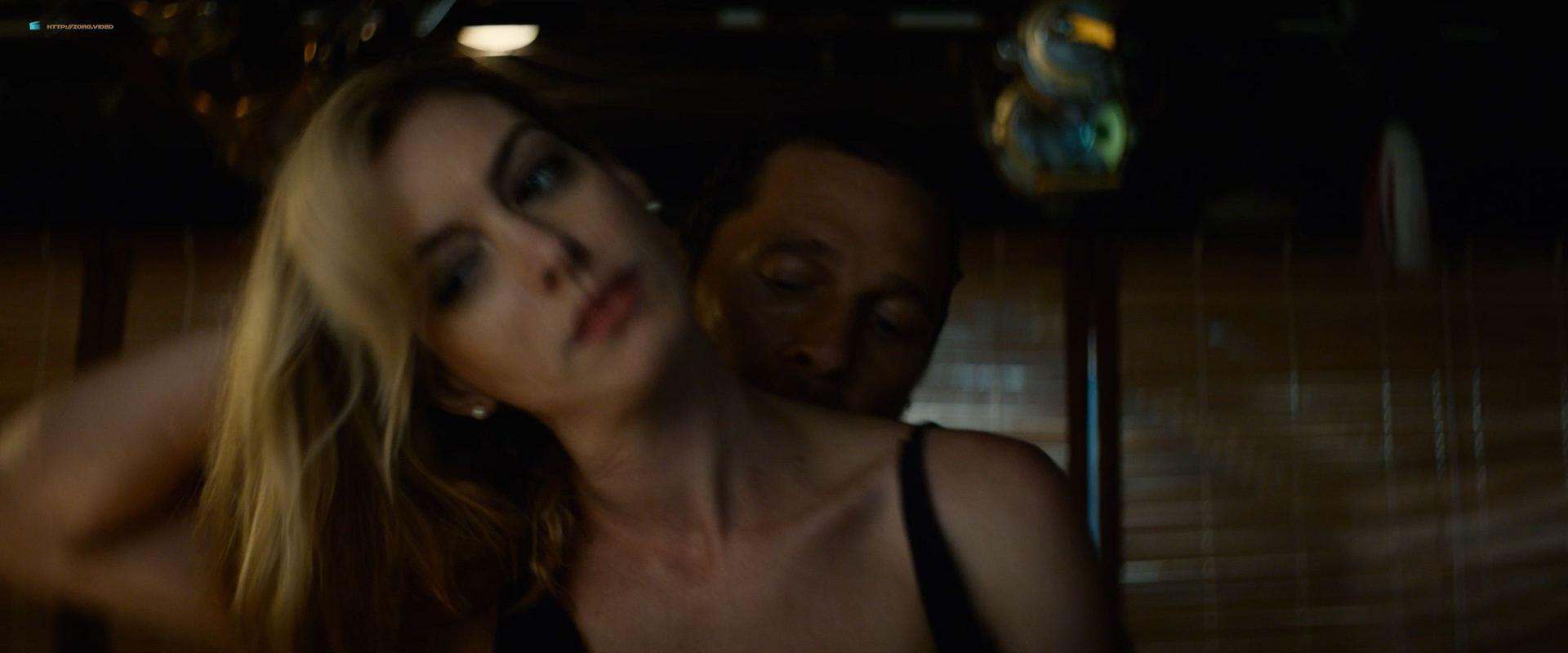 0201153347964_09_Anne-Hathaway-hot-in-sex-scene-Serenity-2019-HD-1080p-BluRay-00008.jpg